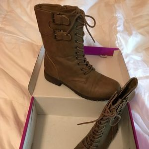 Rampage Size 8.5 Combat Boots
